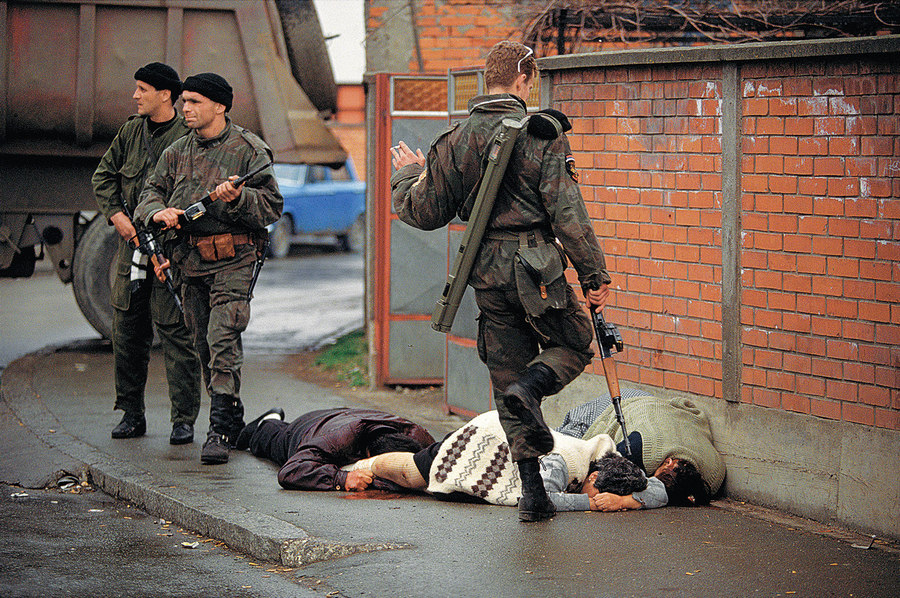 Bosnia Ron Haviv 1992